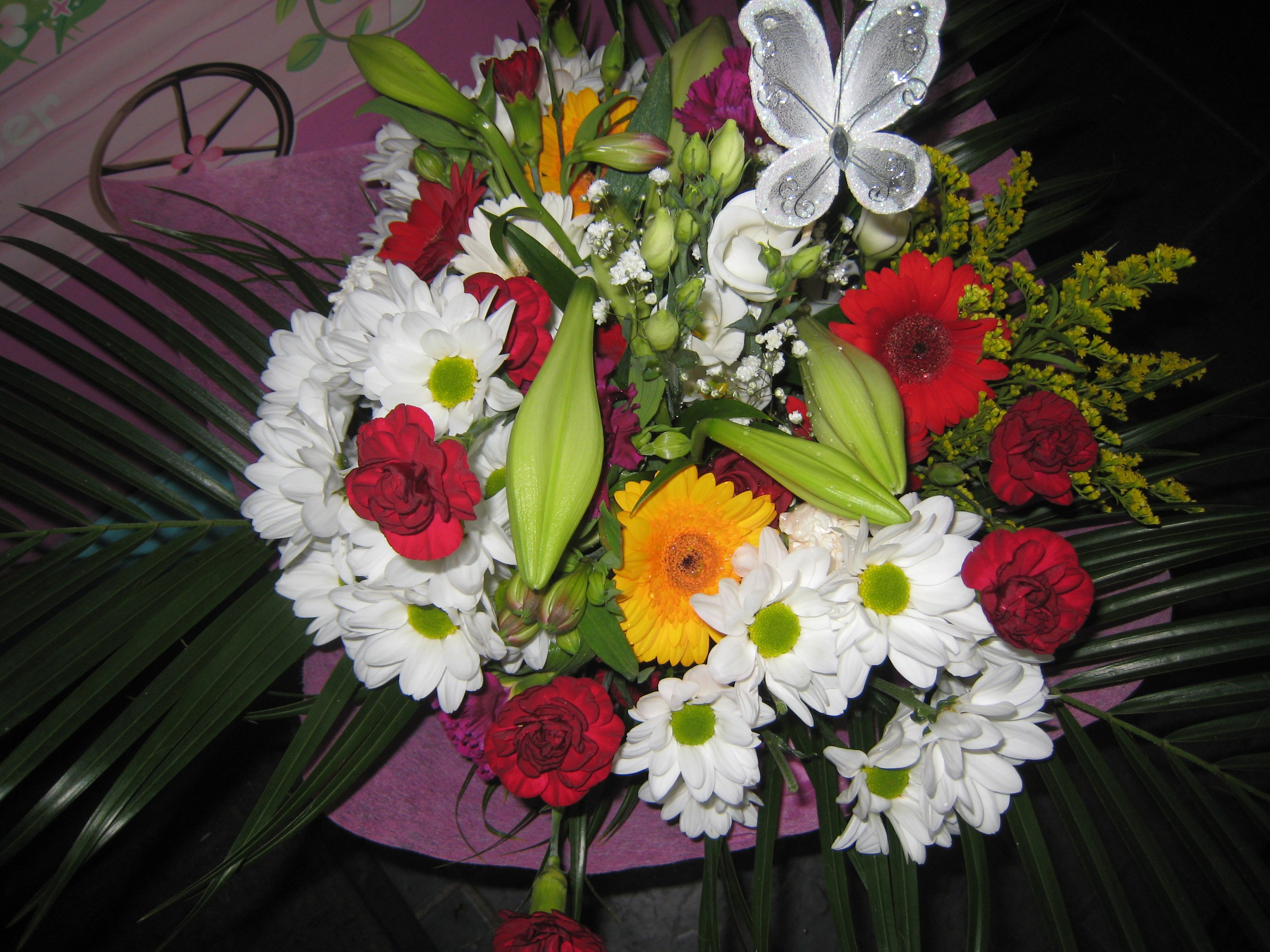 Jacaranda flowers julie is happy to come out to your home to discuss family funeral tributes if you do not wish to telephone us with the order or place the order online izmirmasajfo Choice Image